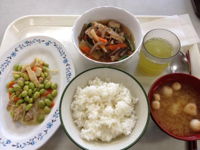 【本日のランチ】鶏肉と大豆の塩炒め  #ランチ