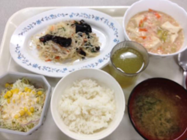 【本日のランチ】五目ビーフン、蟹粉豆腐